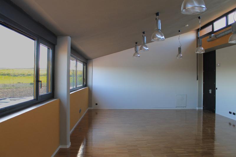 salas_aula-con-doble-iluminación-natural